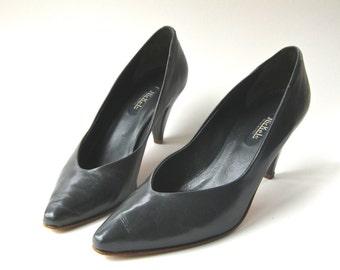 80s vintage Nickels Slate Grey Leather Pumps / made in Italy