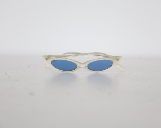1990s Cat Eye Sunglasses