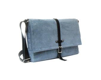 """11"""" / 13"""" MacBook Air messenger bag - smoky blue"""