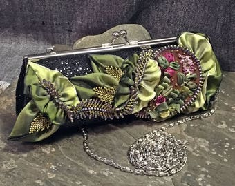 Grandma Fox's Garden Purse - Hannah Rosner - Purse with Wired Ribbon and Silk Ribbon Embroidery