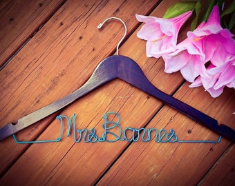 Bridal Hanger, Bride Hanger, Name Hanger, Wedding Hanger, Personalized Bridal hanger, Bridal Gift, Bridesmaid Hanger, Maid of Honor Hanger