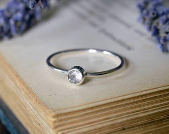 Small Faceted Topaz Ring 925 - White Topaz Stacking Ring - Alternative Engagement Ring - November Birthstone