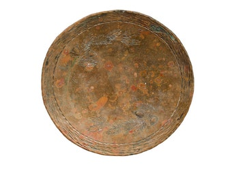 Arts & Crafts hammered copper dish with acorn decoration