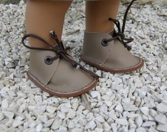 light brown Wichtel dolls shoes