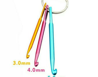 Crochet Hook  Keychain,Set Of 3 Sizes Of Hook, Multicolour Crafts Knitting Needles Mini Aluminum Crochet Hook