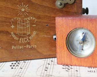 Medical device Elce de PELLAC France Paris and compass - nice going! -
