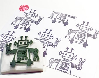 tin robot stamp | retro rubber stamp | boy's birthday scrapbooking | SF holiday crafts | fabric stamping | hand carved by talktothesun