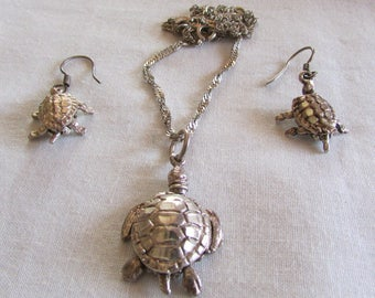 Sterling Silver Movable Turtle Necklace and Earrings Set