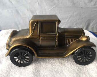 Vintage Banthrico Coin Bank - 1926 Pontiac Coupe   (BTC10)
