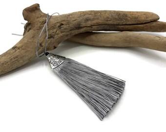 Large tassel in gray cotton - tassel Necklace - 8 cm - 152