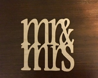 Mr and Mrs - Mr and Mrs Sign - Mr and Mrs Table Sign - Mr and Mrs Table - Mr and Mrs Letters - Mr and Mrs Wood Sign - Mr and Mrs Table Decor