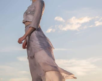 Two Piece Long Sleeve Wedding dress // Alternative Wedding Dress // Flowing Skirt // Winter Grey