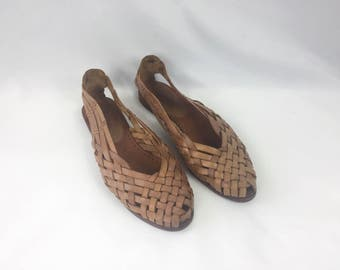 Vintage 80s Leather Woven Shoes / Flats / Footworks / Light Brown / Tan / Size 7 M / Huarache Sandals Brazil / Victory / Slip Ons
