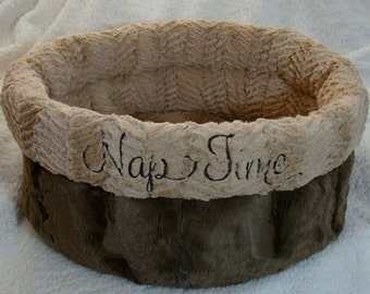 Cuddle Cup Dog Bed - Luxurious Hide Cuddle Fur - Dog Beds - Cat Beds - Embroidery Included