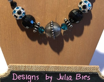 Chunky necklace in black, silver and teal blue