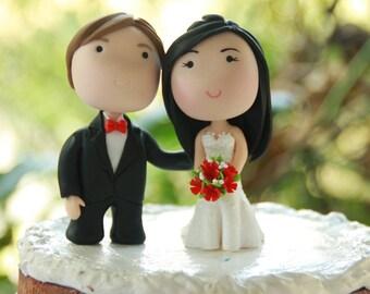 Chibi Wedding Cake Topper Anime Couple Bride and Groom Cake Topper Figurines Wedding Centerpiece Wedding Decoration love Cake Topper cute