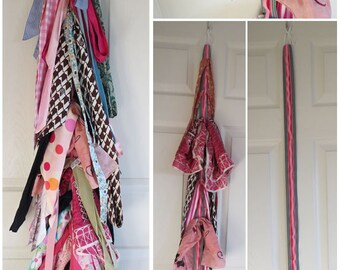 Hanging Scarf Organizer with Elastic - Silk or Knit, holds up to 30 scarves - 342 Color Combinations