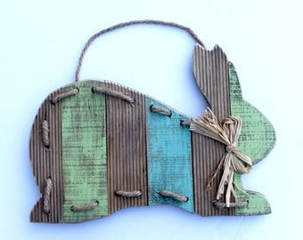 Easter Rabbit Rustic Wood wall hanging, primitive wooden rabbit, Easter Rabbit, Easter Decoration, Easter Decor, rustic, spring door decor