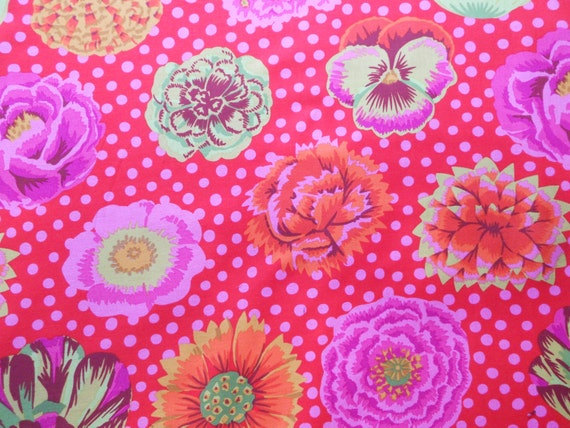 BIG BLOOMS Red  GP91 Kaffe Fassett Sold in 1/2 yd increments
