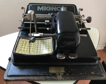 Mignon 3 Vasanta Typewriter antique Berlin 1920