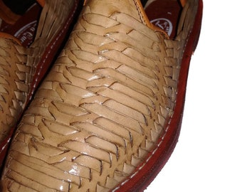 Mens Huaraches Sandals Mexican. 100% leather, vintage. Handmade. Huarache Craft closed. Handmade