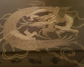 Very Beautiful Chinese Framed Textile Thread Embroidery Dragon