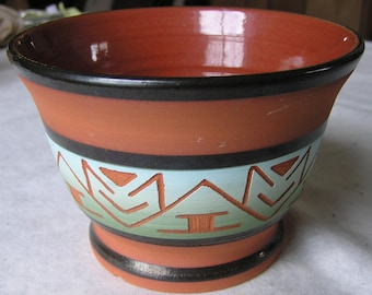 Al Black Tail Deer Sioux Black Hills Wheel Thrown Pot with Incised Native Design