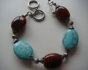 Howlite and Butterscotch Oval Stone Bracelet