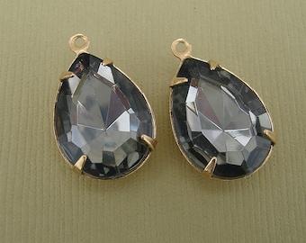 Vintage Faceted Acrylic Black Diamond Teardrop in 1 Loop Brass Setting 18mm x 13mm