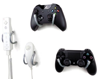 Wall Clip - Xbox, PlayStation, Wii, and Retro Game Controller Organizer - 4 Pack, Gray
