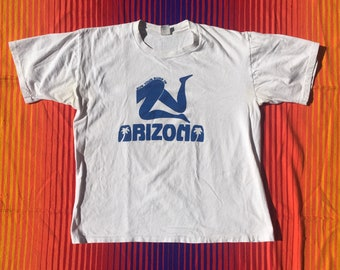 Vintage 80s Sun Your Buns in Arizona Single Stitch T-Shirt //  Men's Medium/Large Made in USA