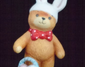 """Figurine Enesco """"Lucy and Me"""" Easter Bunny Bear Porcelain"""