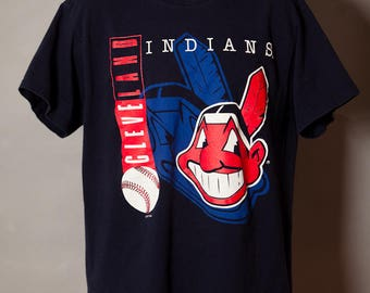Vintage 90s Cleveland INDIANS Tshirt - L