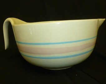 McCoy USA 2 quart batter bowl with handle and pour spout, bisque color with pink & blue stripes