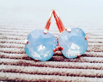 Beautiful rose goldfilled earrings with air blue opal swarovski stones