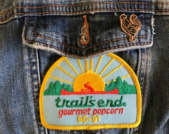 Vintage Patch Sunrise Landscape Canoe / Dead Stock Patch / Trail's End Embroidered / Vintage / Native American Inspired / 90s 1990s Nineties