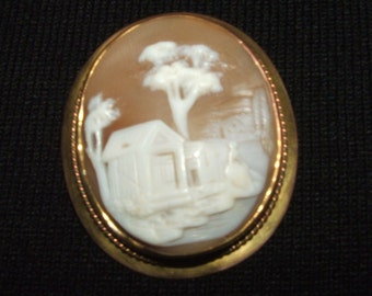 """Antique""""Rebecca at the Well"""" Cameo Brooch"""