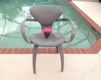 LEVENGER STYLE PRETZEL Arm Chair / Mid Century Modern Pretzel arm chair / Goldman style Pretzel Chair /Mid Century Style at Retro Daisy Girl