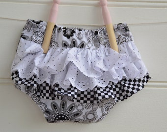 Ruffle bloomers in black and white floral - diaper cover, baby gift, birthday gift, girls clothes