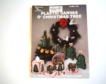 Plastic Canvas O' Christmas Tree PATTERN Needlecraft Ala Mode Craft Leaflet 139 Ornaments Baskets Tissue Box Cover Gift Tags Plant Pokes