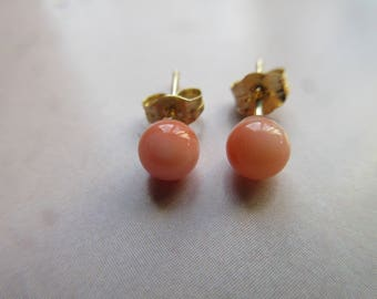 Vintage 10K Angel Skin Coral Pierced Earrings - Petite Post Earrings - Coral Jewelry - Flower Girl Earrings - Beach Wedding - Summer Fashion