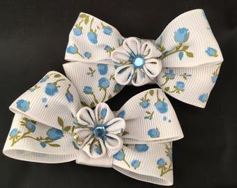 Blue flower kanzashi hair bows
