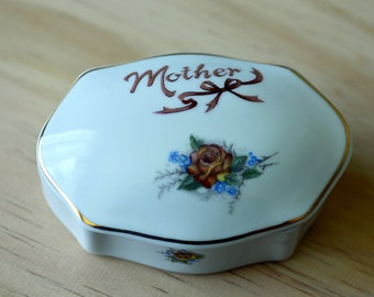 Vintage,Papel Ceramic,Trinket Box,Papel Mother Box,Brazil,Ceramic Trinket Box,Papel  Porcelain