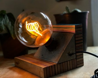 Recycled skateboard table lamp