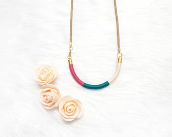 Teal Necklace, Spring Necklace, Multicolor Necklace, Bib Necklace Gift for Her, Easter Gift for Girls, Spring Gift Ideas, Statement Necklace