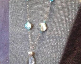 Turquoises and clear beads