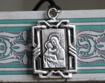 Vintage silver medallion The Virgin Mary 1990s-2000s Sterling silver Very beautiful medallion Silver gift Religious pendant #13