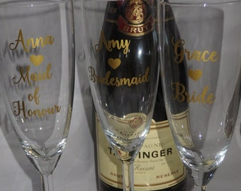 Personalised Champagne flute, Champagne glass,  Wedding toast glass,  Mother of the Bride, Maid of Honour, Bridesmaid gift, bridal party