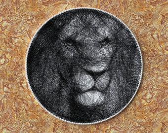 Lion, Portrait of thread, Circular Portrait, Thread Art, Birthday Gift, String Artwork, Safari, Home Decor, Unique Gift, Animal Lover