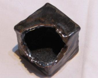 Cube for ikebana